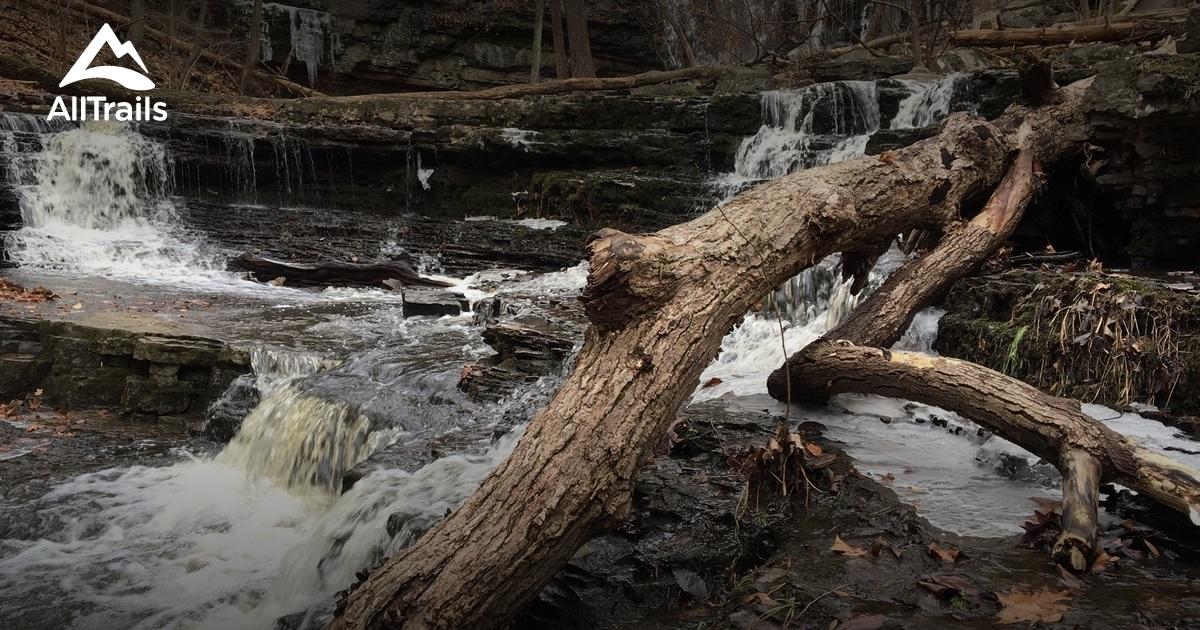 Ringing Rocks County Park Trails