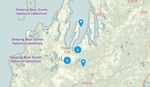 Traverse City, Michigan Dogs On Leash Map