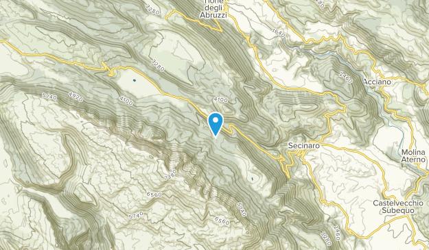 Secinaro, Abruzzo Map