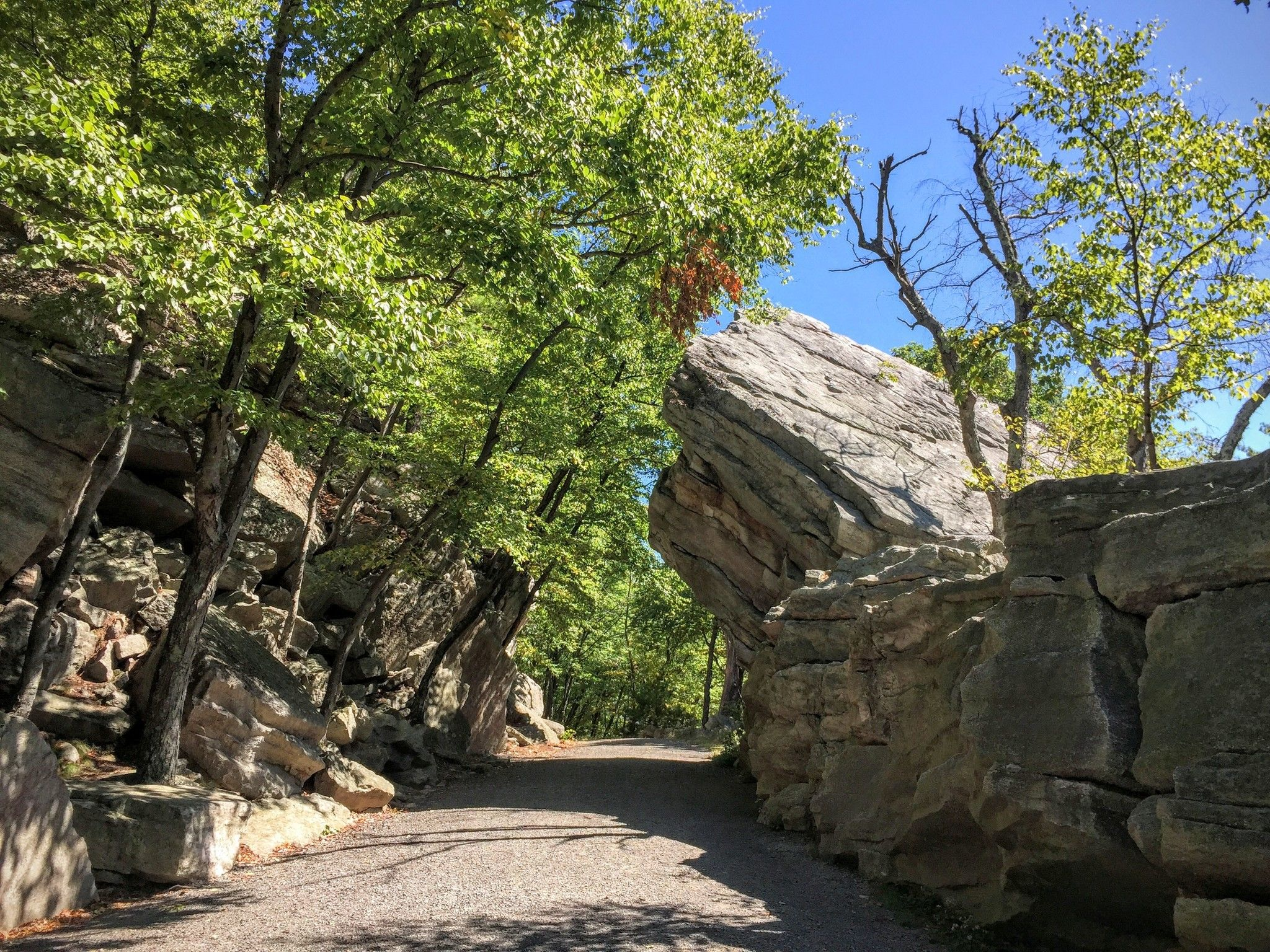 mohonk hiking map with Undercliff Overcliff on WDjw Mohonk Mountain House Ulster County New York besides Hotel Map additionally 5 Breathtaking Hikes Hudson Valley in addition Hotel Map additionally Hiking Options In New York State.