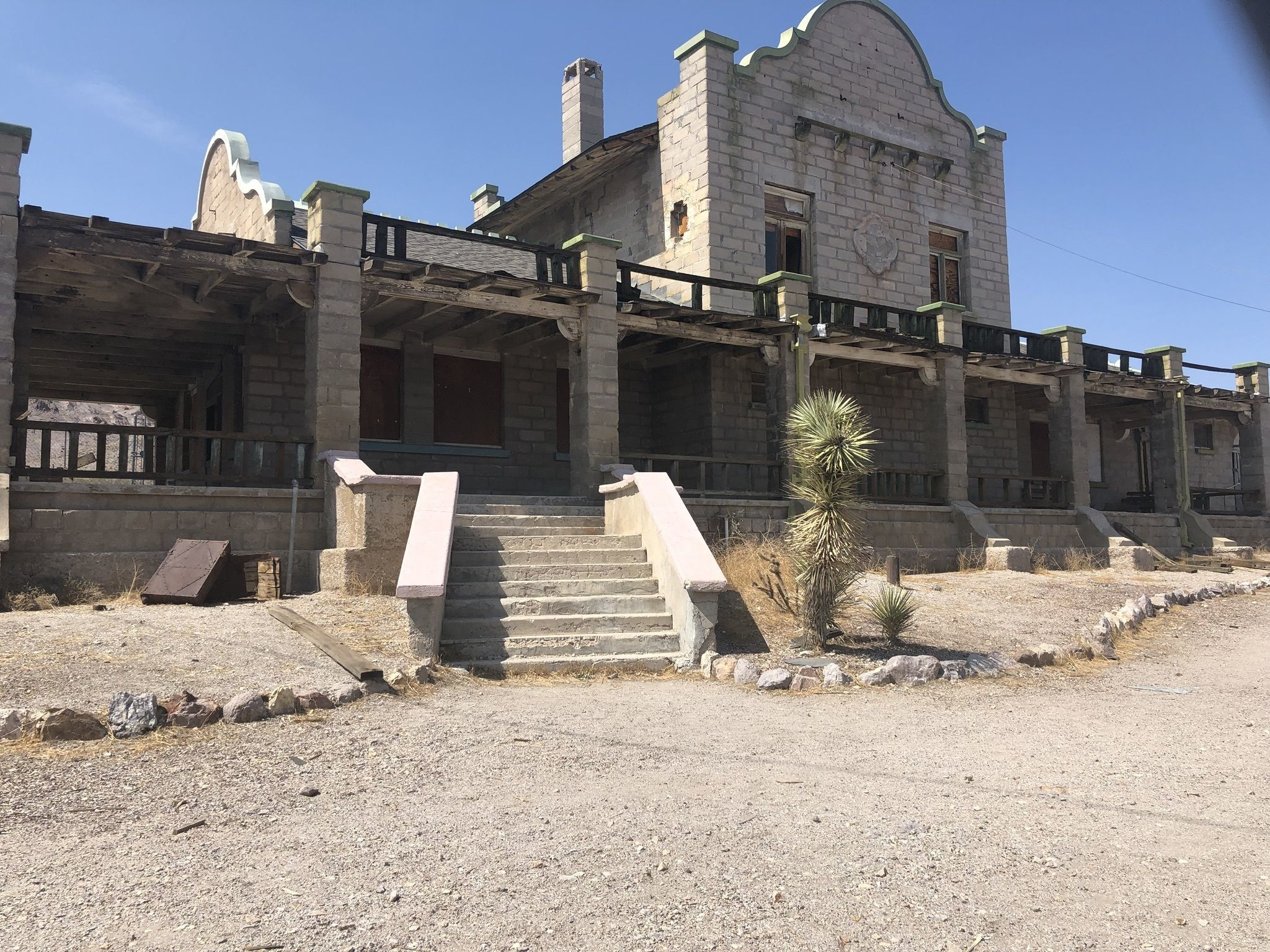 Rhyolite . . . A Ghost Town With A Story. - Desert Road ... |Rhyolite Ghost Town