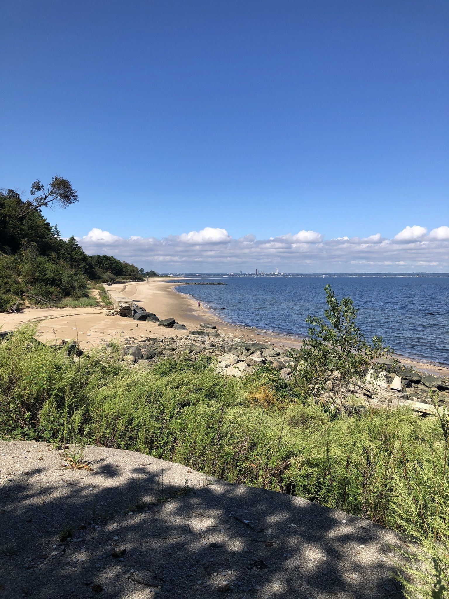 Sands Point Preserve Loop Trail - New York | AllTrails on long island sound map, old saybrook preserve map, great neck map, old westbury gardens map,